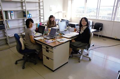 現代GP事務室が開室しました | ...